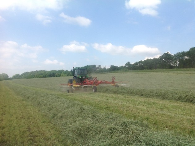 LOOSE HAY, AgriCompact Technologies GmbH