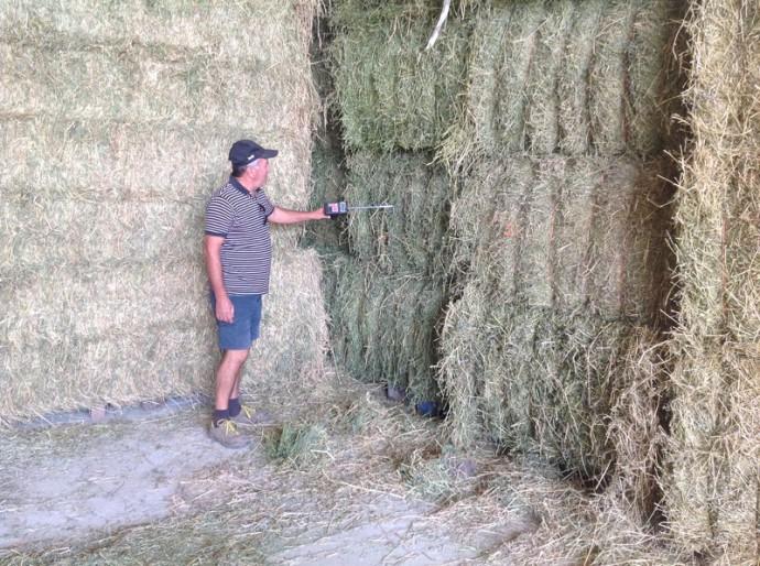 hay dryer COMPACT, hay, hay bales, bales of hay, haydryer COMPACT, Hay Tester, HAY PROBE, AgriCompact Technologies GmbH